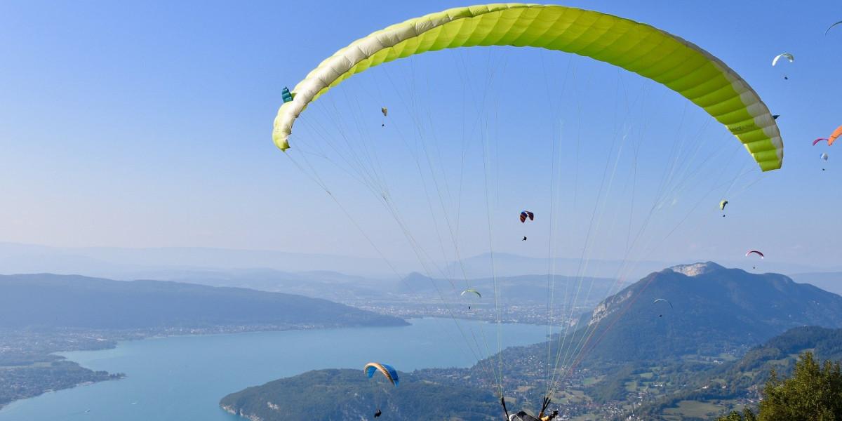 Nos vols en parapente incontournables pour survoler Annecy