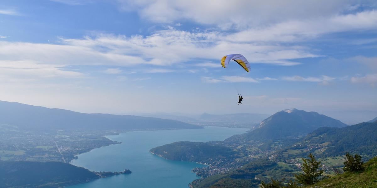 5 endroits où faire du parapente en Haute-Savoie